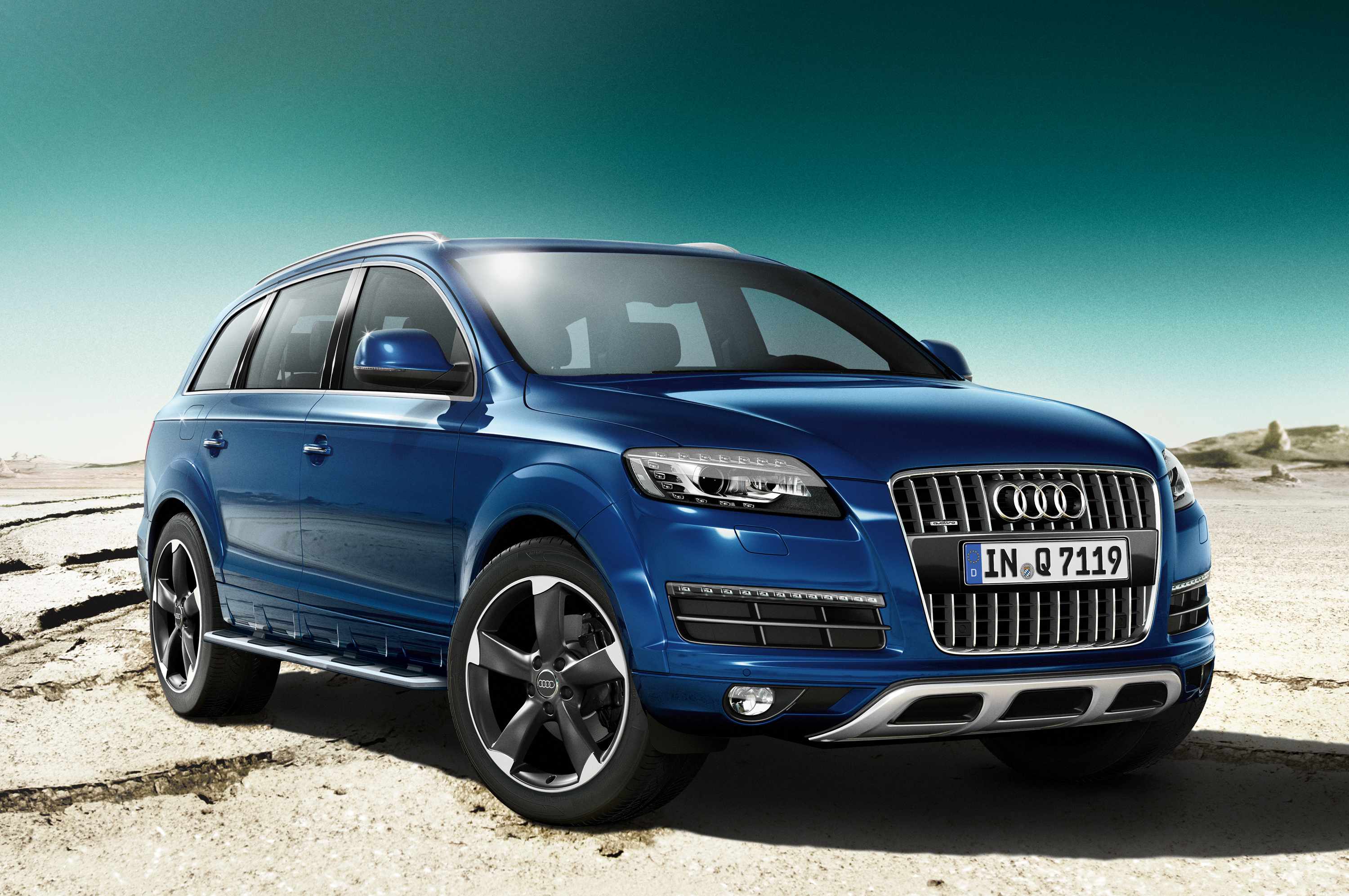 Q7 Review >> Car Review My Love Letter To The Audi Q7 Littlegate Publishing