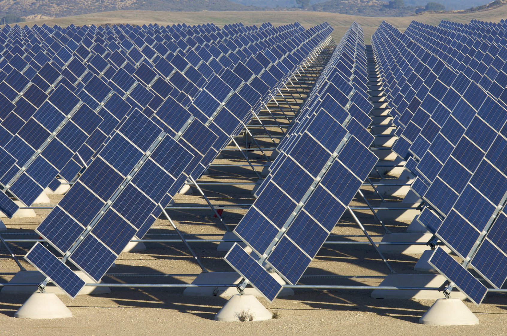 JinkoSolar Supplies METKA-EGN with 57 65 MW of PV Modules for Puerto