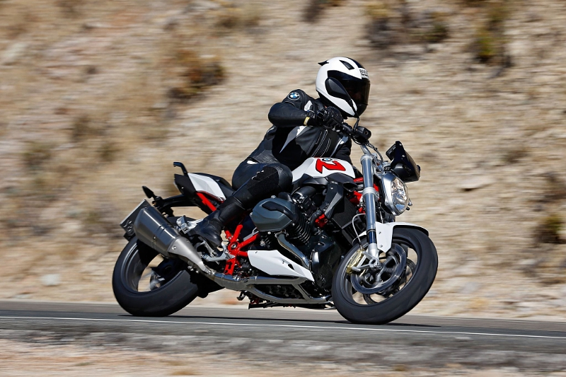 """BMW Motorrad: Best April ever with 16,554 vehicles sold. Editorial use of this picture is free of charge. Please quote the source: """"obs/BMW Group/Daniel Kraus"""""""