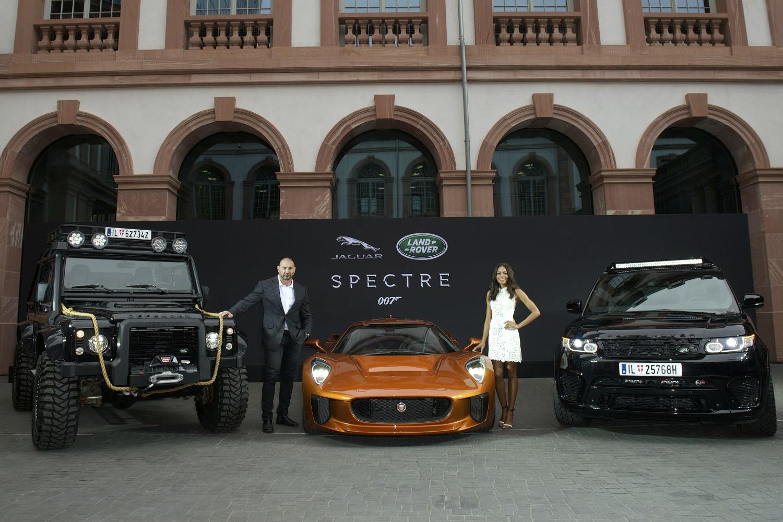 Jaguar and Land Rover\'s majestic Bond Cars. - Littlegate Publishing