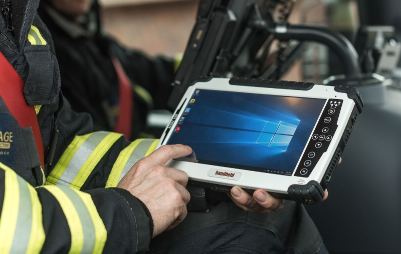 Handheld Algiz 10X rugged tablet for emergency management (PRNewsFoto/Handheld Group)