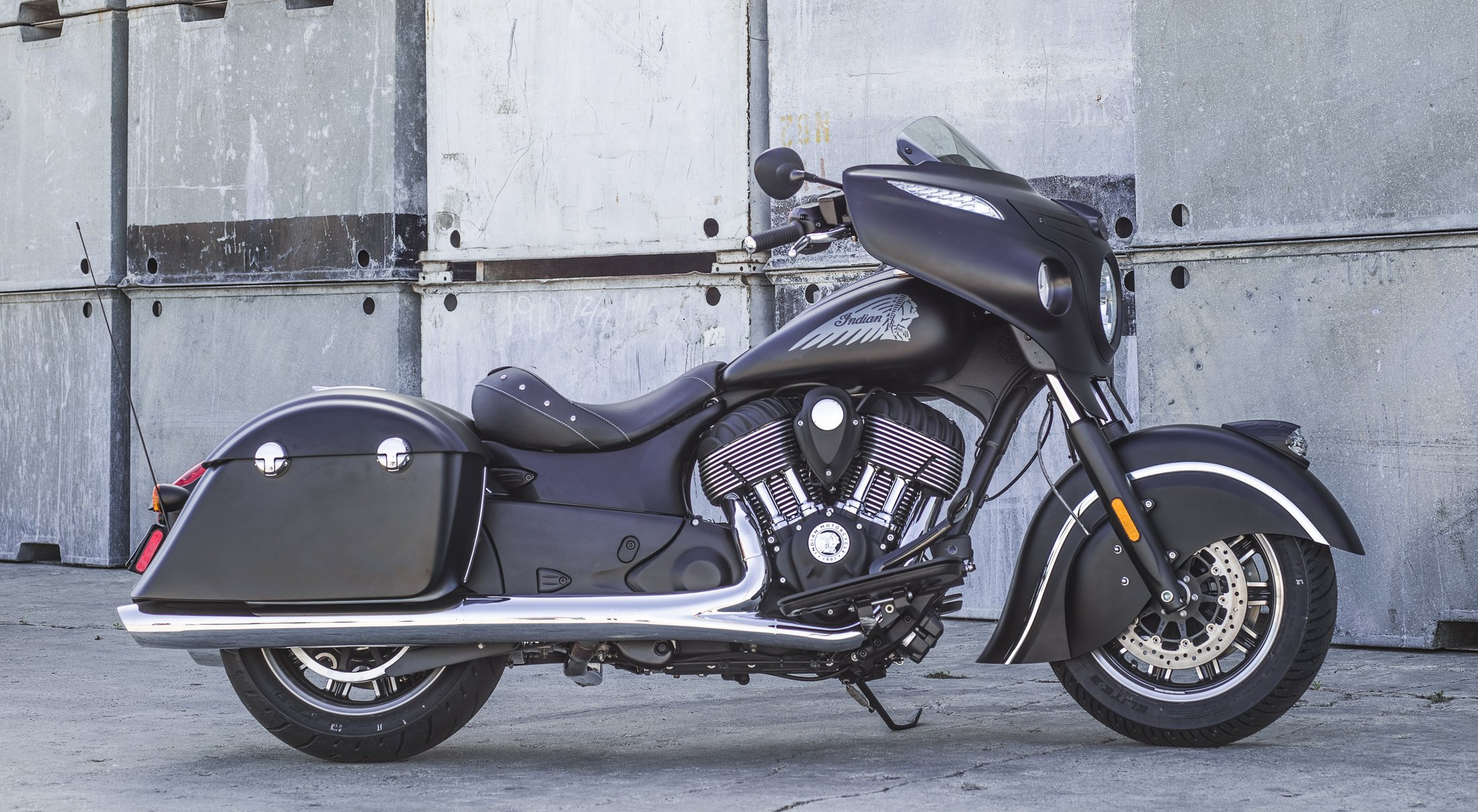 Indian Motorcycle Introduces the Indian Chieftain Dark ...